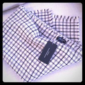 Zara OverSized Blanket Scarf NWTGS🍀